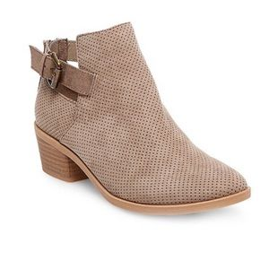 Dolce Vita Sam Perforated Booties -Taupe